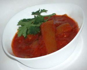 Тещин язык из кабачков с томатной пастой