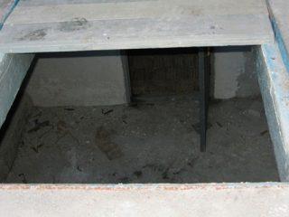Как сделать погреб в гараже