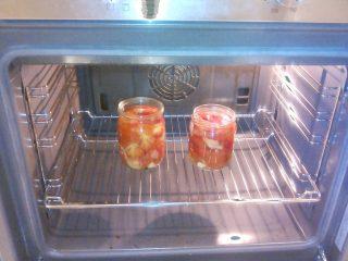 Стерилизация банок в духовке с заготовками