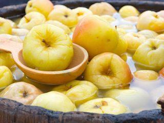 Как приготовить моченые яблоки в домашних условиях