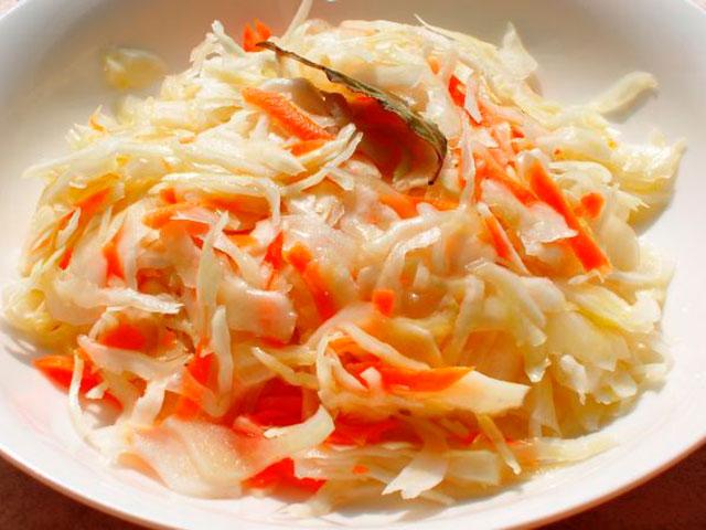 капуста маринованная с морковкой