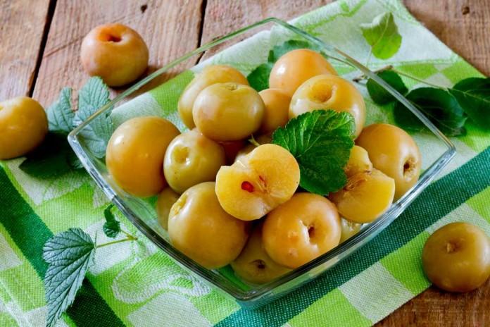 Узнайте как заквасить яблоки — просто, быстро и вкусно