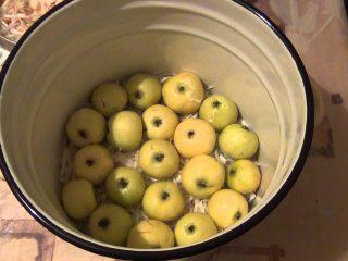 Рецепт моченых яблок на зиму в ведре