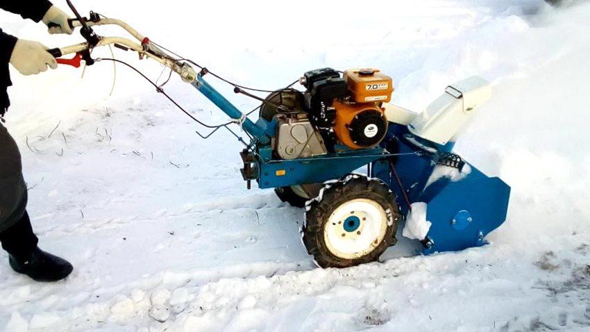 Снегоуборщик для мотоблока, купить навесной снегоуборщик к мотоблоку Нева по низкой цене в Москве