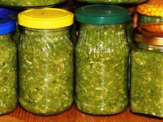 Зеленые помидоры с хреном и чесноком: рецепт на зиму
