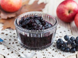Яблочное варенье с черноплодной рябиной: 6 рецептов
