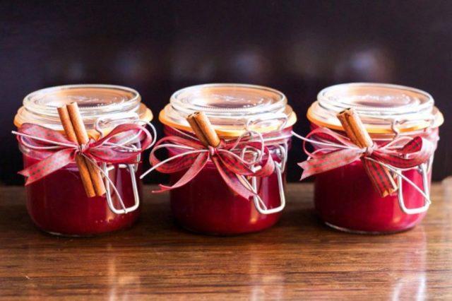 Брусничный соус к мясу рецепт с фото, классический, как в Икеа, на зиму