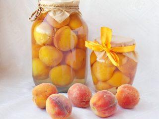 Консервированные персики в сиропе на зиму