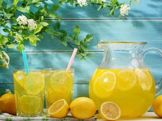 Компот из лимона: 13 рецептов на зиму и на каждый день