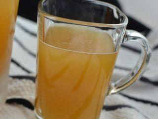 Квас из березового сока с ячменем