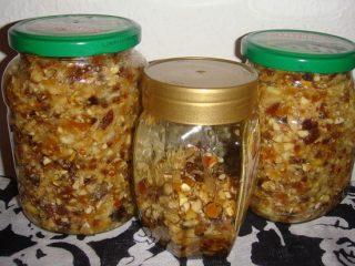 Мед, орехи, курага, изюм, лимон: рецепты витаминных смесей