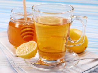 Вода с медом и лимоном натощак: польза и вред