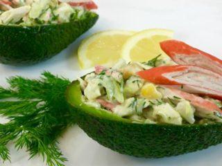 Рецепты салата с авокадо и курицей