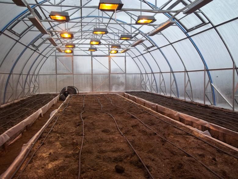 Обогрев теплицы своими руками весной: самые лучшие проекты, чем обогревать, как прогреть землю, для рассады