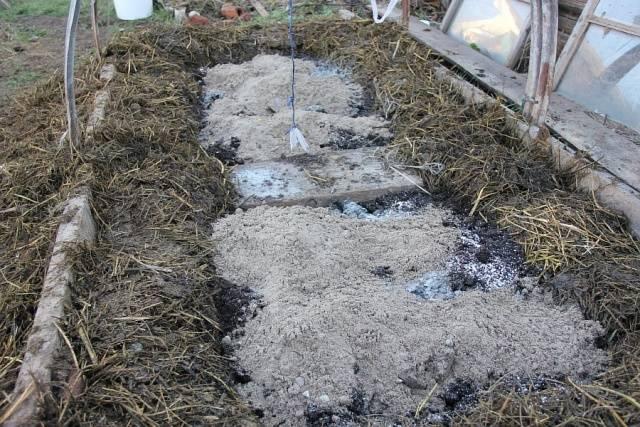 Теплая грядка для огурцов сделать осенью