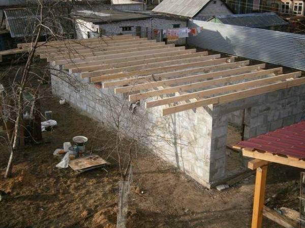 Зимний курятник: строим своими руками 8