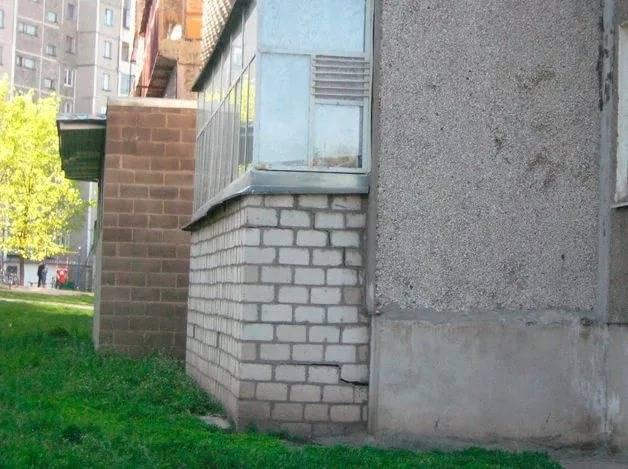 Как сделать погреб на балконе своими руками.
