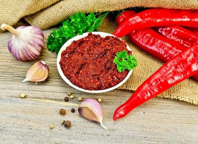 как приготовить грузинскую приправу из перца,зеленых помидор и ...