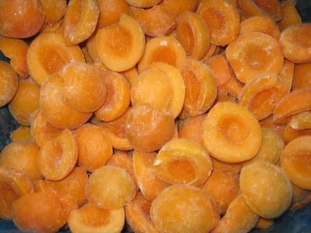 4 способа заморозить абрикосы на зиму