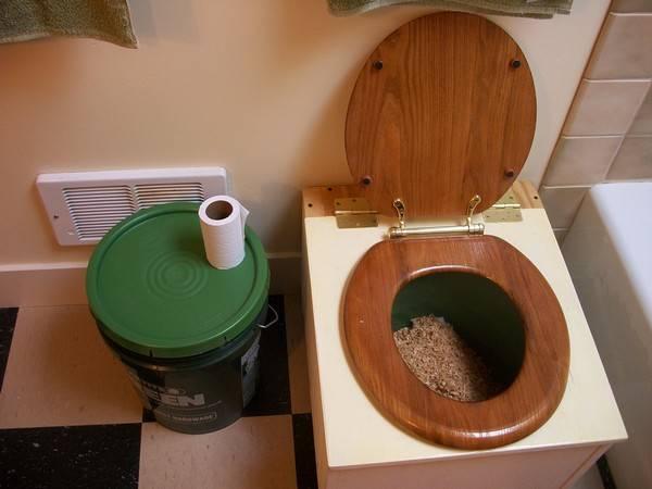 Как сделать своими руками самый простой туалет для дачи